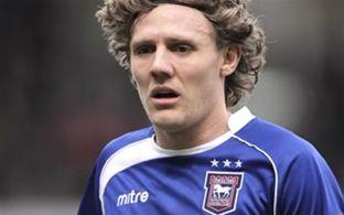 Bullard signs for Ipswich Town